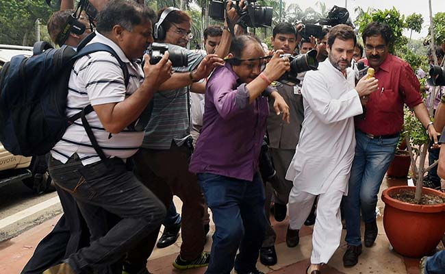 Supreme Court, Siding With RSS, Warns Rahul Gandhi About Defamation
