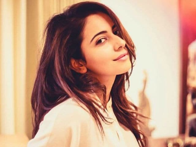 Rakul Agreed to Star in Murugadoss-Mahesh Babu Film Without Narration