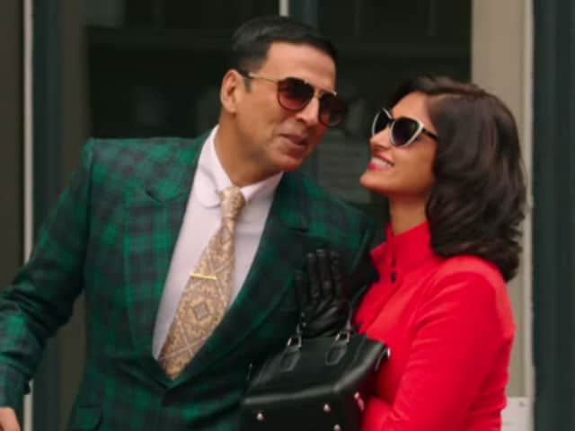 Akshay Kumar, Ileana D'Cruz Before Love Turns to Tragedy in New Rustom Song