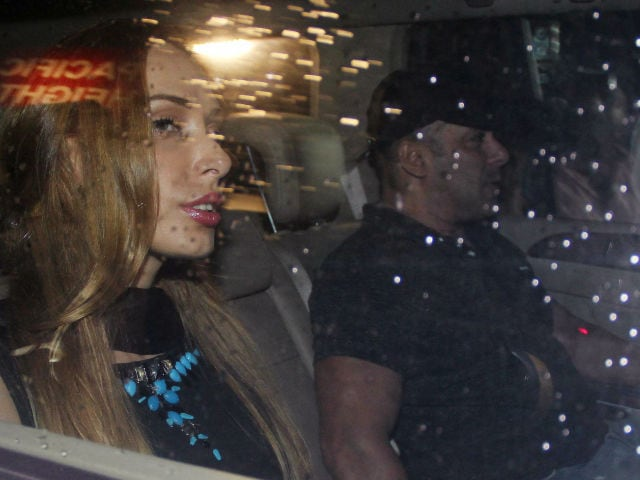 Salman Khan, Iulia Vantur's Party Night With Arpita and Khandaan