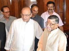 हमने कभी नहीं कहा कि हम 100 प्रतिशत कैशलेस होंगे : केंद्रीय मंत्री संतोष कुमार गंगवार
