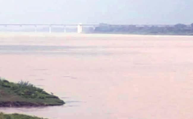 प्रधानमंत्री नरेन्द्र मोदी करेंगे बांध का लोकार्पण, उससे पहले पानी मे डूबे इलाके की कहानी