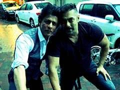 सलमान खान पर 'नो कमेंट' कहने के बाद शाहरुख खान ने ट्विटर पर दिखाया भाईचारा