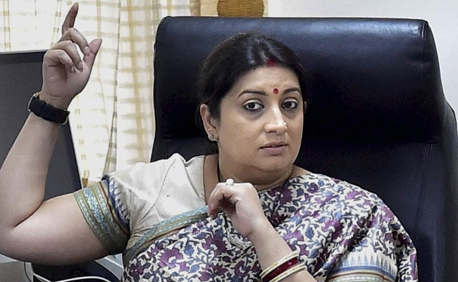 4 Drunk Students Arrested For Allegedly Chasing Union Minister Smriti Irani's Car, Get Bail