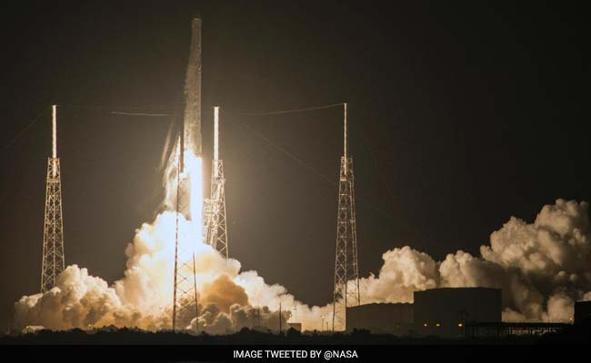 SpaceX To Launch Super Computer To Space