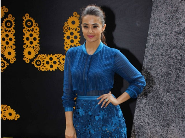 Faced Casting Couch 'Down South', Not in Bollywood, Says Surveen Chawla