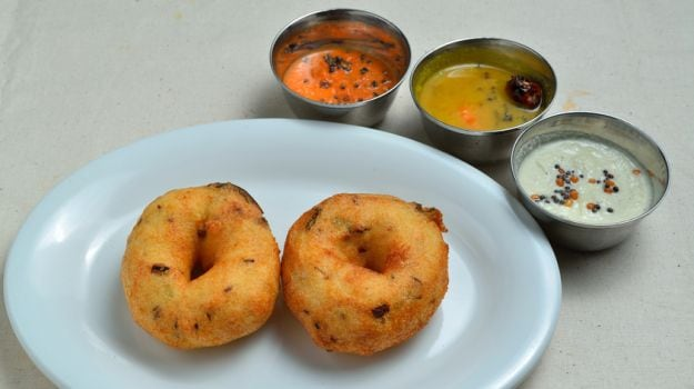 Indira Canteens Open Across Bengaluru: From Idlis to Puliyogare and Vangi Bath, Here's What's On the Menu
