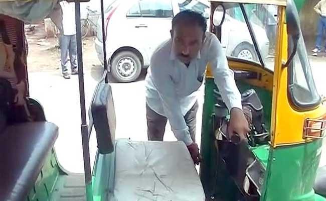 ahmedabad autorikshaw driver