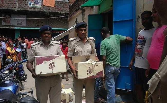 बिहार में शराब बंदी : चार माह में 13 हजार से अधिक लोगों की गिरफ्तारी हुई