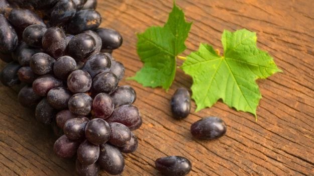 9 Amazing Black Grapes Benefits From Heart Health To Gorgeous Skin Ndtv Food