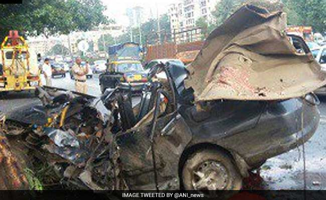 28-Year-Old Man Killed, 2 Injured As SUV Crashes Into 3 Trucks In South Delhi's Mehrauli