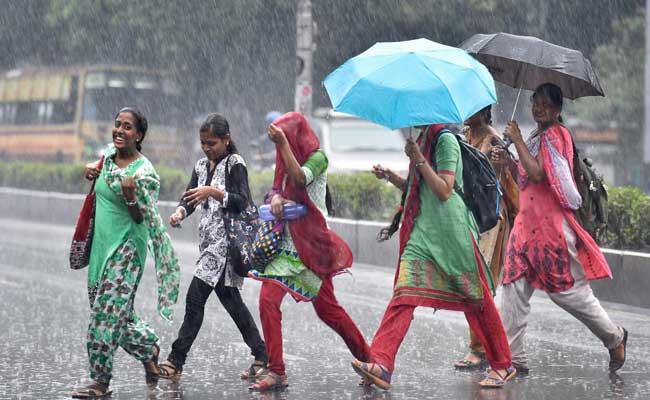 சென்னை, காஞ்சிபுரம், திருவள்ளுரில் வழக்கம் போல் பள்ளிகள் இயங்கும்: ஆட்சியர்கள் அறிவிப்பு
