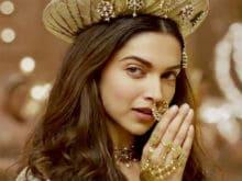 Deepika Padukone's Fat <i>Padmavati</i> Fee Makes Her Highest-Paid Actress