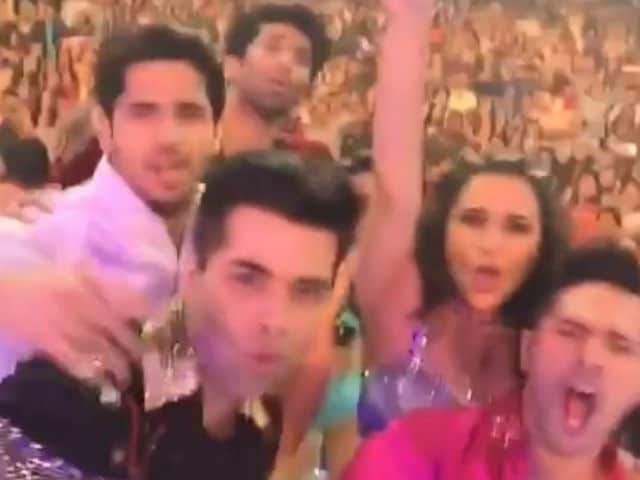 Watch How Katrina, Varun Slayed it at the First Dream Team Show