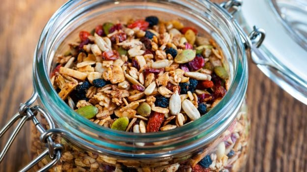 How to Make Granola at Home