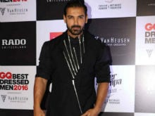 John Abraham is Not Doing a Cameo in <I>M S Dhoni - The Untold Story</i>
