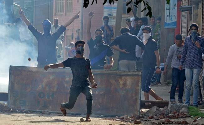 जम्मू-कश्मीर हाईकोर्ट ने पैलेट गनों पर रोक लगाने से किया इनकार