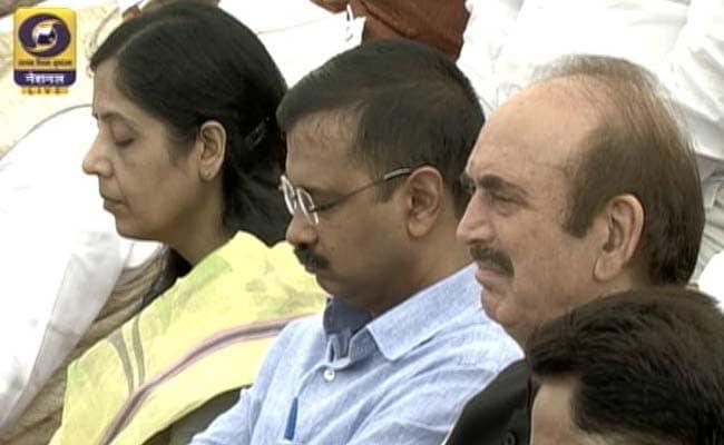 Present But Not Listening: Arvind Kejriwal Dozes During PM Modi's Speech