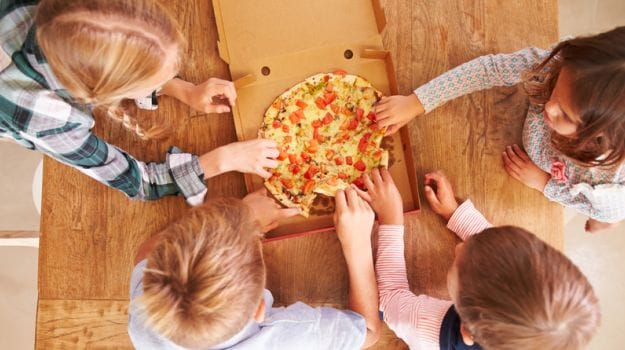 Food Advertisements May Work on Children's Brains