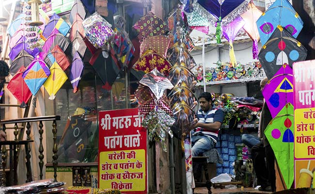 Kite Strings Kill 2 Children Who Had Heads Stuck Out of Sunroofs In Delhi