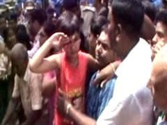 Hundreds Weep As 7-year-old Daughter Salutes CRPF Hero Who Died in Kashmir