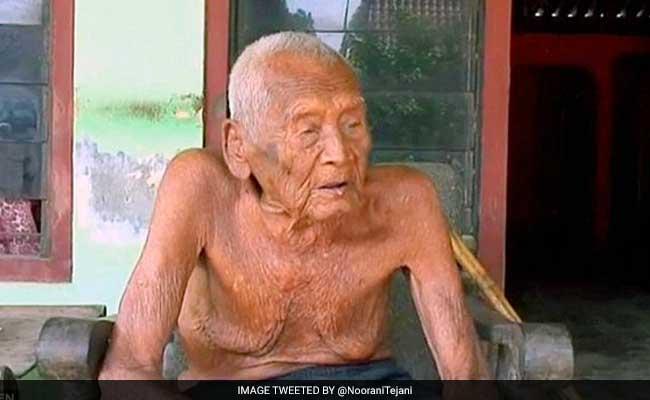 146 साल के बुजुर्ग की मौत, आखिरी दिनों में भी नहीं छोड़ा सिगरेट