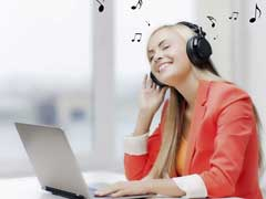 Study Suggests Your Boss Should Play Music While You Work