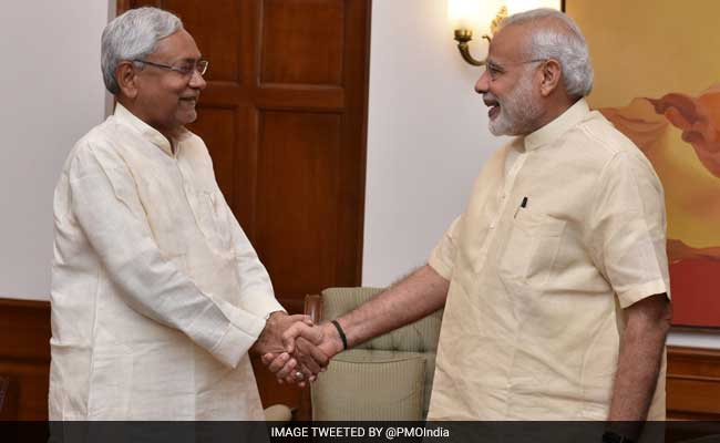 Opposition Attacks PM Narendra Modi On Notes Ban. Nitish Kumar Disagrees. Strongly