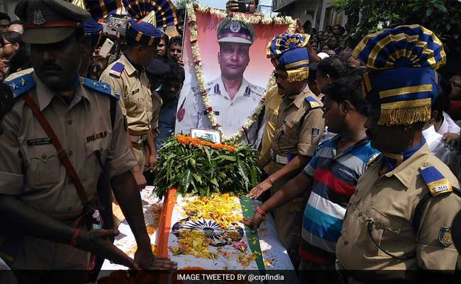 CRPF Officer's 6-Year-Old Daughter, Wife To Unfurl Flag Where He Fell Last Year