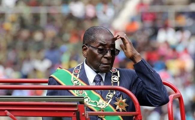 Zimbabwe's Ruling Party Wants Robert Mugabe To Step Down, Set To March