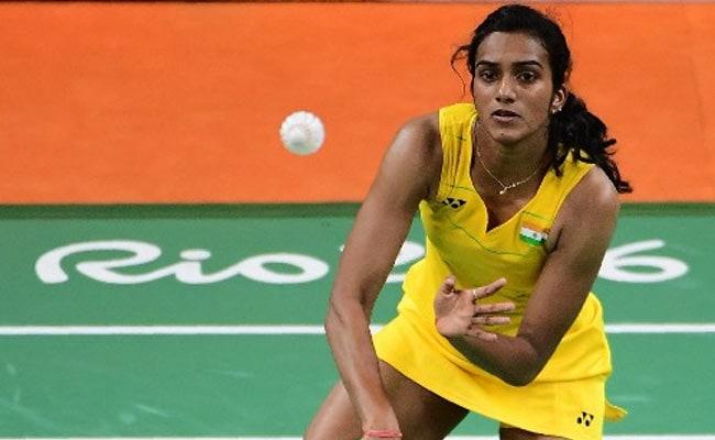 ओलिंपिक मेडलिस्ट को इनाम : दिल्ली सरकार पीवी सिंधु को 2 करोड़ रु. और साक्षी मलिक को 1 करोड़ रु. देगी