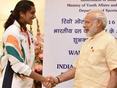 पीवी सिंधु को पीएम मोदी, सोनिया गांधी सहित कई खिलाड़ियों और सेलेब्रिटीज ने दी बधाई