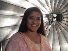 रेणुका शहाणे से एक पत्रकार की ये बातचीत पढ़ आप भी नहीं रोक पाएंगे अपनी हंसी