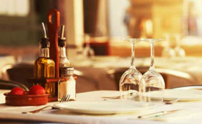 Eating Out Late Tonight? Restaurants May Bill You Under GST