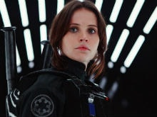 Stop Everything. Darth Vader Just Showed Up in the New <i>Rogue One</i> Trailer