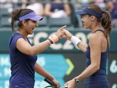 टेनिस डबल्स रैंकिंग: सानिया मिर्जा को उनकी पूर्व जोड़ीदार मार्टिना हिंगिस ने पीछे छोड़ा