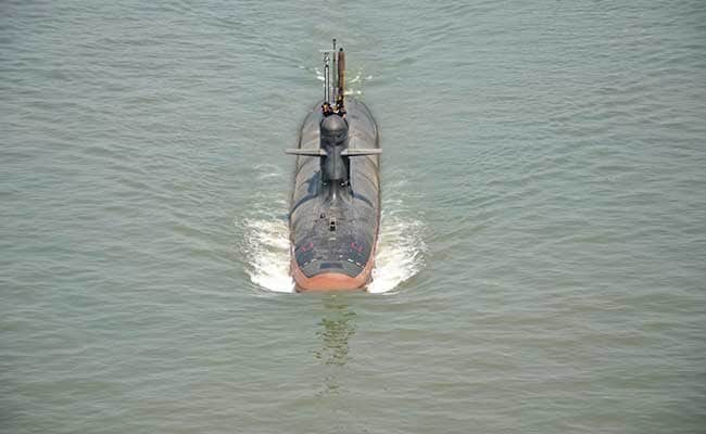 दूसरी स्कार्पीन पनडुब्बी का समुद्री परीक्षण शुरू, पहली यात्रा पर निकली