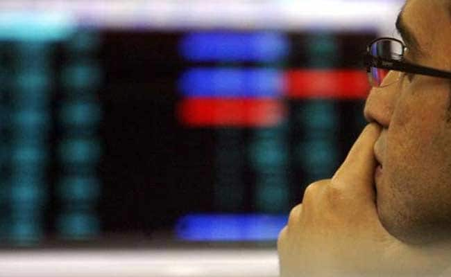 Sensex Falls Over 250 Points Amid US Rate Hike Worries, Nifty Below 10,500