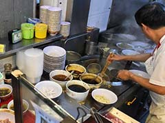 Singapore's Michelin-Starred Street Food Is In Demand