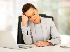 पूरी नींद न लेने से प्रभावित हो सकती है बीमारियों से लड़ने की क्षमता