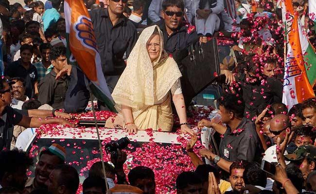 Gujarat Election: Sonia Gandhi, Rahul Gandhi, Manmohan Singh, Navjot Sidhu Among Congress' Star Campaigners