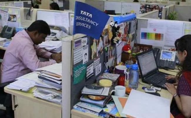 TCS Reports Net Profit Of Rs 5,945 Crore In Q1