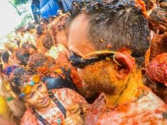 La Tomatina 2016: 10 Incredible Facts About the World's Biggest Food Fight