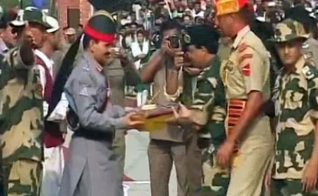 Border Security Force Offers Sweets To Pak Rangers At Wagah Border