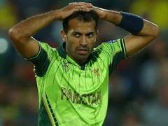 चैंपियंस ट्रॉफी : पाकिस्तान टीम को झटका, चोट के कारण यह तेज गेंदबाज हुआ टूर्नामेंट से बाहर...