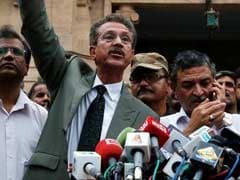 Jailed MQM Leader Waseem Akhtar Takes Oath As Karachi Mayor