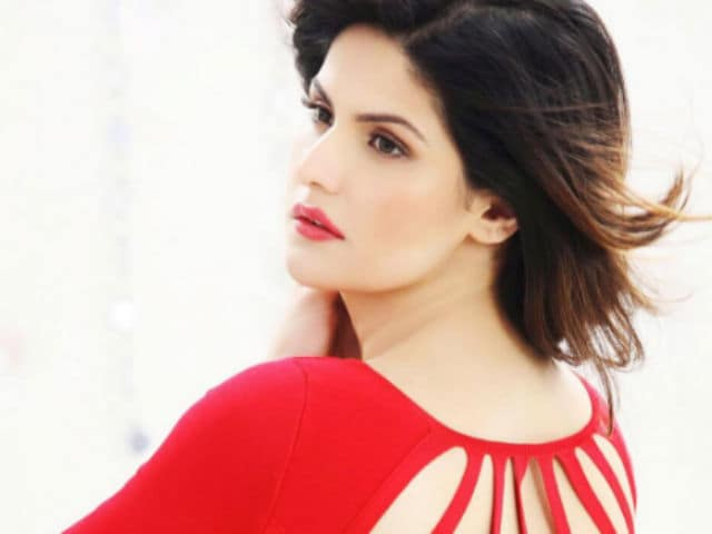 Zarine Khan Reveals What It's Really Like to Film Intimate Scenes