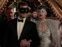 Viral: <i>Fifty Shades Darker</i> Trailer Sets New Record of Views in 24 Hours