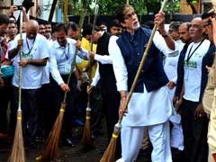 Maha Cleanthanon In Mumbai Led By Devendra Fadnavis, Big B: Highlights
