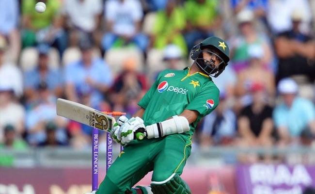 अजहर अली ने पाकिस्तानी वनडे टीम की कप्तानी छोड़ी, सरफराज बने नए कप्तान